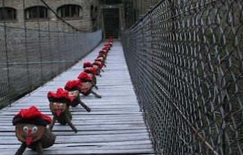 Tions al pont penjat de RUpit